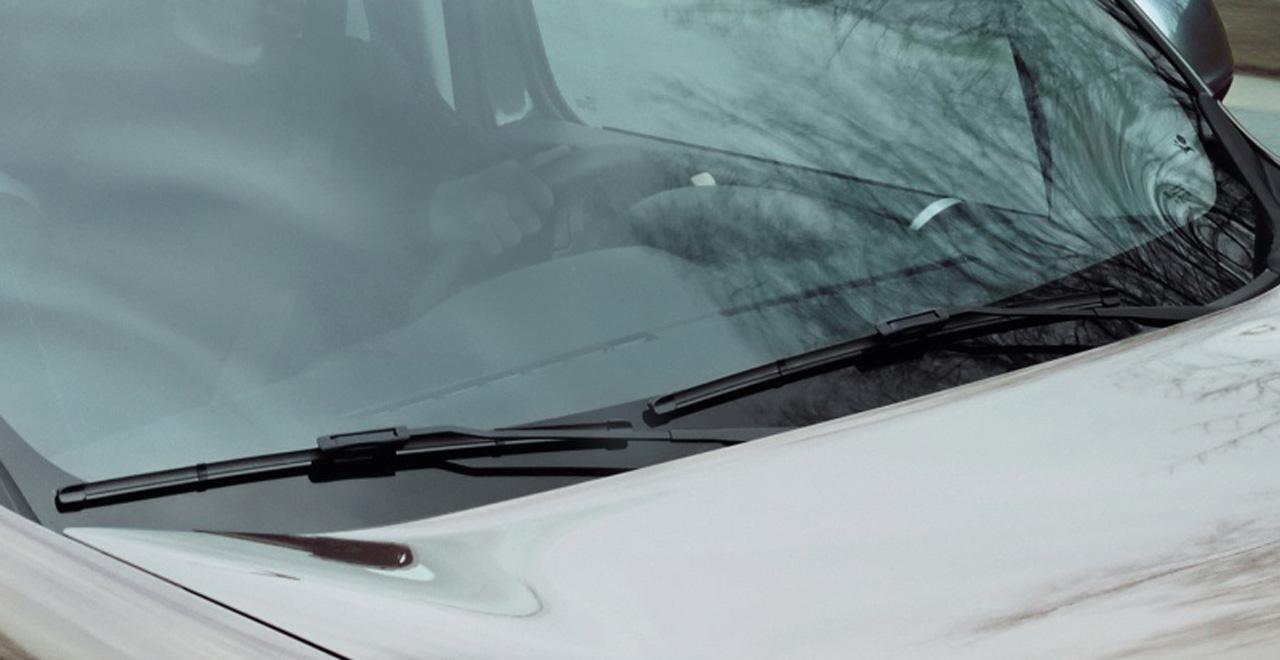Achten Sie auf Ihr Fahrzeug (Scheibenwischer)